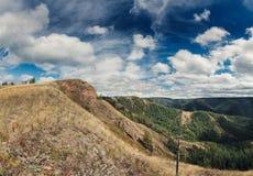 Hügel mit Himmel Lizenzfreies Stockfoto