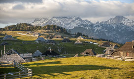 Hügel Velika Planina, Slowenien Lizenzfreie Stockfotos