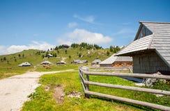 Hügel Velika Planina, Slowenien Stockbild