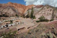 Hügel von Cerro 7 colores bei Purmamarca Lizenzfreie Stockbilder