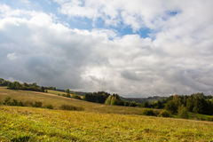 Hügel, Wiesen, Wälder Stockfotos