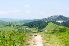 Hügelweg Lizenzfreies Stockfoto