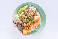 Hühner-, Hühnerblutgelee und Garnelenaufruhr braten mit Reis Stockbild