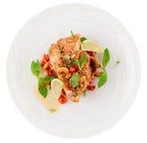 Hühnerbrust kochte in der asiatischen Art, lokalisiert auf Weiß Stockfotos