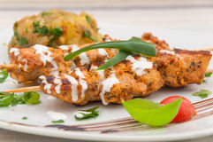 Hühnerkebab im Sauerrahm - indische Küche Stockbild