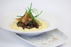 Hühnerleber und Kartoffel stockfotos