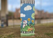 Hündchen-themenorientierte Kunst im Barken-Park zentral, tiefes Ellum, Texas lizenzfreies stockfoto