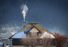 Hütte im Schnee Stockfoto