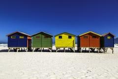 Hütten in einer Reihe Stockbilder