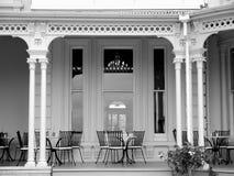 咖啡馆h有历史的家庭游廊 库存图片
