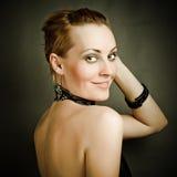 härlig modekvinna Fotografering för Bildbyråer