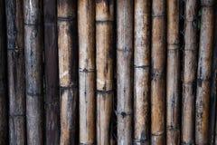 H?lzerne Bambuswand lizenzfreies stockbild