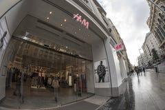 H&M κατάστημα σε Gran μέσω Μαδρίτη, στις 11 Μαρτίου 2018 Ισπανία Στοκ φωτογραφίες με δικαίωμα ελεύθερης χρήσης