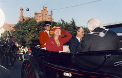 H M 女王/王后MARGRETHE和亨利VISISTS王子 免版税库存照片