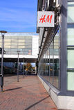 H&M Fashion Store Sign royalty-vrije stock afbeeldingen