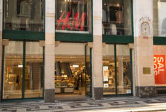 H&M shoppar Arkivfoto