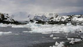 H?rlig antarktisk bergsikt lager videofilmer