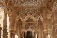 H?rlig morisk f?stning av Alhambraen i Granada, Andalusia royaltyfri fotografi