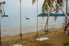 H?rlig och fridsam strand p? Chanthaburi, Thailand royaltyfria foton