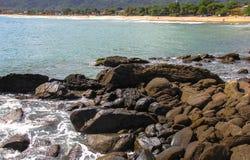 H?rliga landskap kan finnas i Maresias, Brasilien arkivfoton