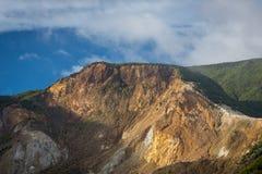 H?rligt landskap av monteringen Papandayan Det Papandayan berget ?r ett av det favorit- st?llet som fotvandrar p? Garut royaltyfri foto