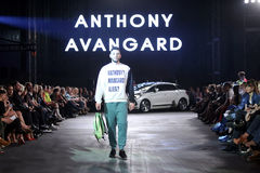 Hôte Porter Fashion Show : Anthony Avangard, Zagreb, Croatie Photo stock