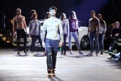 Hôte Porter Fashion Show : Chipka, Zagreb, Croatie Photo stock