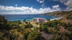 Hôtel Açores Portugal de vue de l'Océan Atlantique Photographie stock