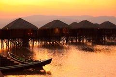 Hôtel de luxe sur le lac Inle, Myanmar Photographie stock libre de droits