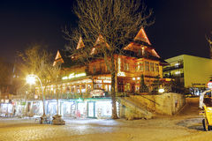 Hôtel de Sabala la nuit dans Zakopane Photos libres de droits