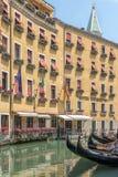 Hôtel de Venise et gondole, Italie Photo libre de droits