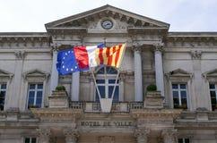 Hôtel de ville dans la ville française d'Avignon photo stock