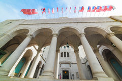 Hôtel de ville de Los Angeles sous un ciel bleu photo libre de droits