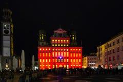 Hôtel de ville et tour lumineux de Perlach de Photos libres de droits