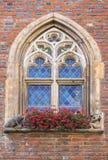 Hôtel de ville historique de fenêtre Photographie stock