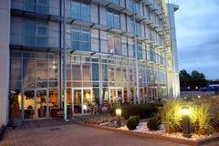 Hôtel et suites de Ramada Photographie stock libre de droits