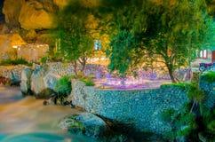 Hôtel près de la rivière Photographie stock libre de droits