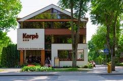 Hôtel trois-étoiles Kerpe dans la station touristique populaire de Palanga, Lithua Images stock