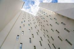 Hôtel vertical Photo libre de droits