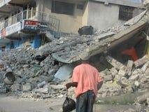 Haïti dat door aardbeving wordt vernietigd stock foto