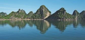 Ha长海湾,越南 免版税库存照片