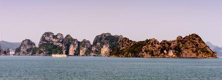 ha длинний Вьетнам стоковые фото