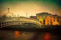 Ha di ` Penny Bridge Dublin immagini stock