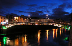 Ha'penny Bridge, Dublin stock image