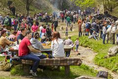 Ha picknick för folk Arkivbild