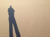Ha riflesso l'ombra di un uomo fotografia stock libera da diritti