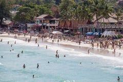 Haad Rin strand för fullmånepartiet i ön Koh Phangan, Thailand Royaltyfri Fotografi