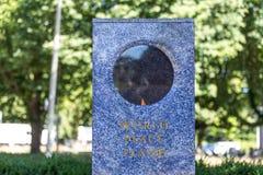 Haag för flamma för internationell domstolvärldsfred Nederländerna Arkivbild