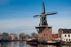 Haarlem 2011 - Traditionelle Windmühle ?De Adrian? Stockfotos