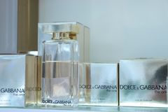 Haarlem holandie - Październik 6th 2018: Dolce i Gabbana woń obrazy royalty free